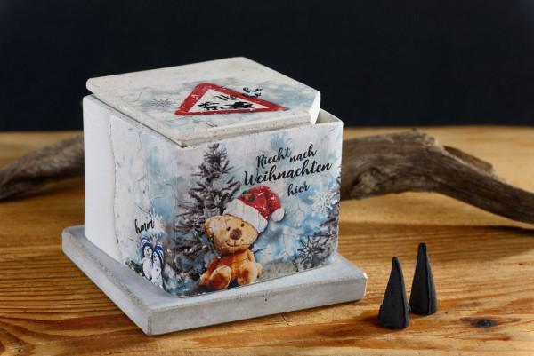 Räucherhaus-Riecht nach Weihnachten hier