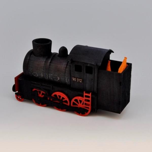 Historische Dampflok für Räucherkerzen